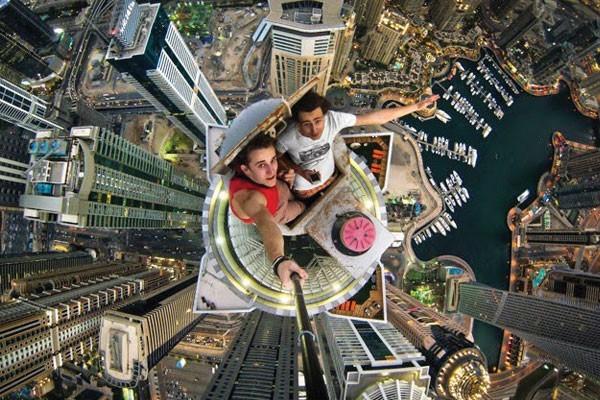 Resultado de imagem para selfies perigosas